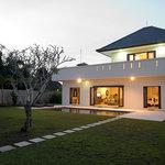 Keramas Moonlight Villa