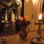 Photos prise le soir au cours du dinner. (vue de ma chaise)