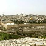 An Stelle des jüdischen Heiligtums stehen heute moslemische Sakralbauten