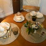 Our gorgeous breakfast table, with china and linens!