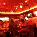 Foto de Corky's Bar-B-Q