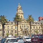 City Hall: Vom Balkon hat Nelson Mandela gesprochen.