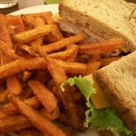 Sandwich & Fries at BOS