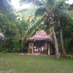 the bungalows, 5 secs to the beach