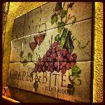 Foto di Grapes & Bites