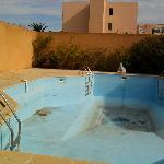 """La piscine """"idyllique"""" de l'hôtel"""