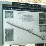 Tomba di  Ramses VI: cartello all'ingresso