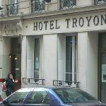entrata hotel