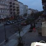 rua tranquila, bairro parecido com a vila madalena, de são paulo