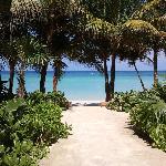 accesso alla spiaggia dall'hotel