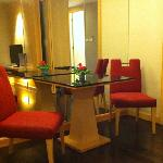 Photo de Sukhumvit 12 Bangkok Hotel & Suites