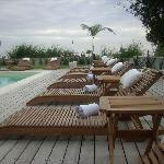 Hotel (piscina exterior)