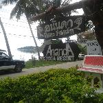 Signage to Anana Yoga Resort