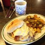 Breakfast sandwich with nicely seasoned home-fries