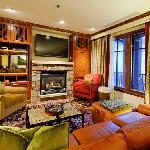 Ritz Carlton Aspen 2BR condo