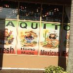 paquitos store front