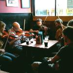 Excellent, foot-tapping Irish music!