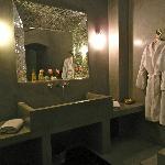Suite Taznarth Bathroom