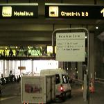 ZRH Hotel Shuttle Pick-up Point