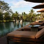 chedi club pool