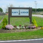 Navy Lodge main entrance