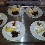 Brownie, Lemon Tart and Mini Pavlova!