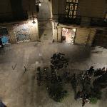 Blick aus Zimmer 9 hinunter auf den Plaza Regomir (?!..sorry, schon wieder vergessen)