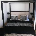 Zahia bedroom