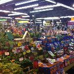 Auch Pflanzen gibt es hier zu kaufen