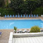 piscine chauffée dés le matin et propreté impeccable