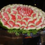 un des magnifiques fruits décorés pour le dîner mauricien