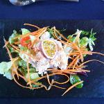 tartare de crabe et julienne de carrotte aux fruits de la passion
