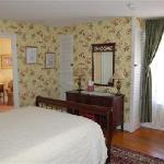 Belvedere Inn Hydrangea Room