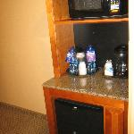 The great mini bar, bottled water and all