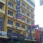 Photo of King's Hotel