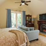 Luxury Finger Lakes Bed and Breakfast