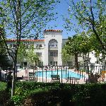 Courtyard / Pool Area