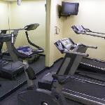one part of the (tiny!) exercise room