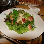 Mixed salad with prawns, olives and cherry tomatoes