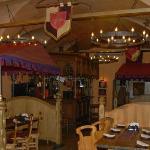 Miod i Wino restaurant dining area