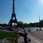 Eiffel tower guided fitness running tour
