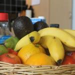 The complimentary fruit basket