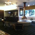 Sportsman's Lodge lobby