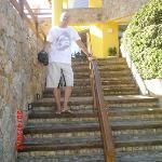 entrada de la posada y hay otra sin escaleras