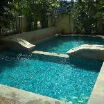 Small splash pool