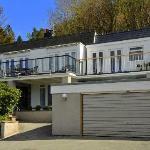 Maes-y-Garth Guest House