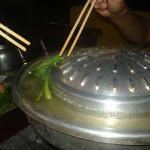 Cociendo las verduras y los noodels