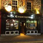 Courtney's Bar