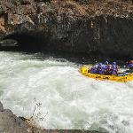 ‪Tributary Whitewater Day Tours - Middle Fork American River Rafting‬