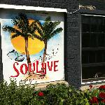 Soulyve's entrance (found on the web, published by a local news site)